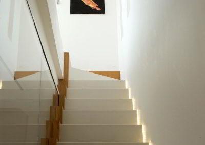 scala con taglio di luce