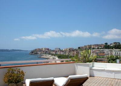 Officine Architetti Napoli_Violetta House_terrazzo pavimento teak
