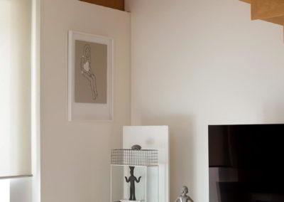 Officine Architetti Napoli_Violetta House_incastro scala parete