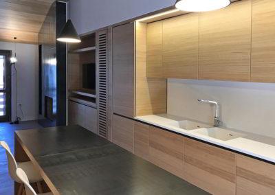Officine Architetti Napoli_parete soggiorno cucina