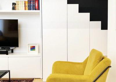 Officine Architetti Napoli_casa Pitloo - bobile scala e parete tv